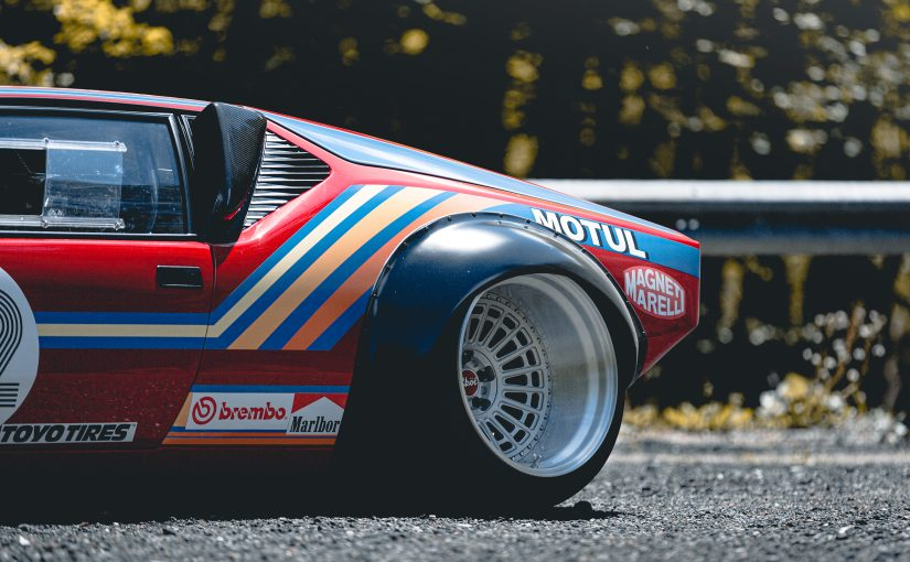 V8 Monster DeTomaso Pantera | 600 PS